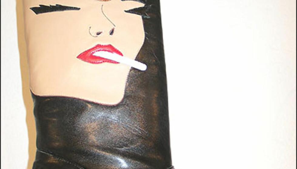 Sigg og rå støvler? Hva mer kan en jente egentlig ønske seg? Boots fra Irregular Choice fås hos Lille Vinkel sko til 1.490 kroner.  Foto: Inga Holst Foto: Inga Holst