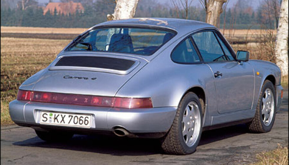 1991: 911 Carrera 4 Coupe.