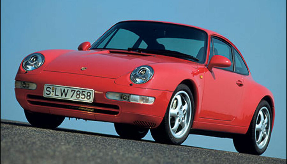 1995: 911 Carrera 4 3.6 Coupe.