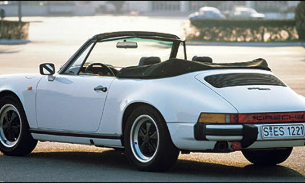 1983: 911 SC Kabriolet. Dette var den første kabrioleten i 911 serien.