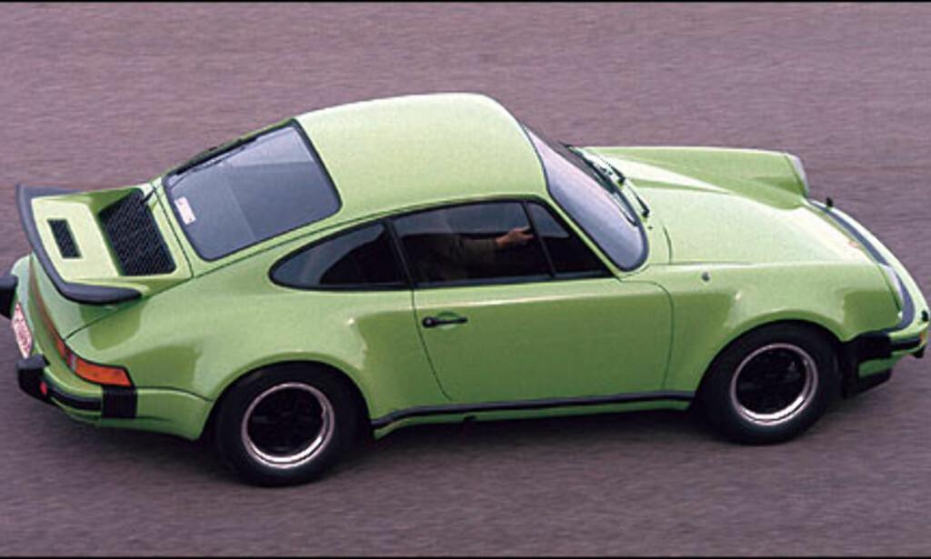 1975: 911 Turbo 3.0 Coupe. Denne bilen hadde 260 hestekrefter og var den første serieproduserte sportsbilen med turbolader.