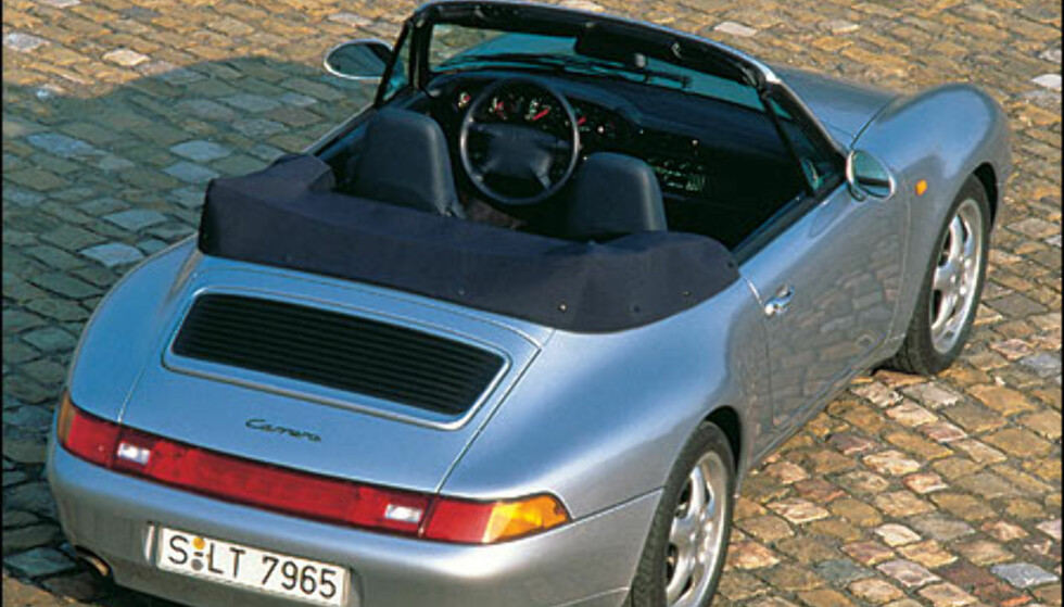 1994: 911 Carrera 3.6 Kabriolet.