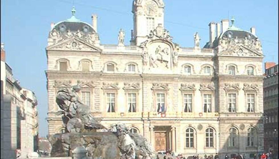 Place Terreaux med fontener og folkeliv. Foto: Stine Okkelmo