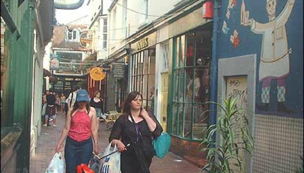 Shopping og mat i The Lanes. Foto: Stine Okkelmo