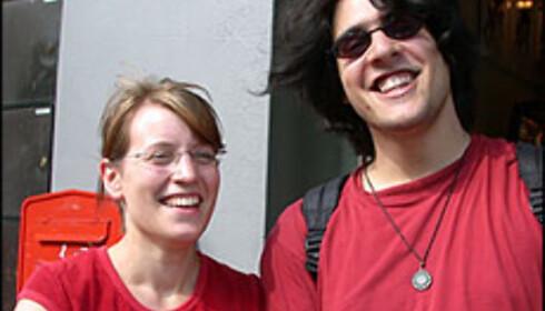 - Alt er så rolig her, sier Karoline Broosch og Matteo Taheri. Foto: Inga Holst