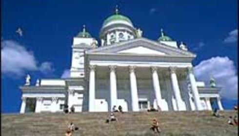 Katedralen i Helsinki - Skandinavias, og en av verdens, tryggeste byer.