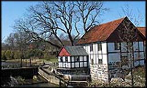 Den gamle møllen ved Sæby Å, nå brukes den som vanlig bolig.