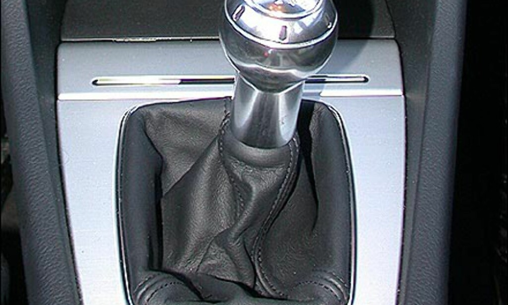 MANUELL: 6-trinns manuell girkasse. Audi A4.