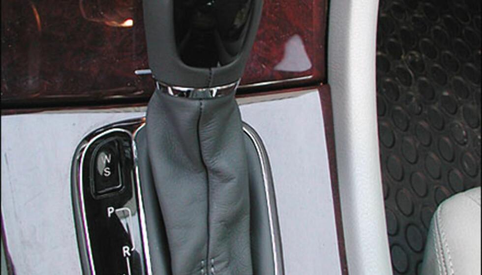 AUTOMAT: 5-trinns autmatkasse. Mercedes-Benz C-klasse.