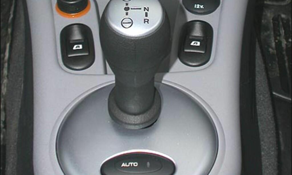 AUTOKLØTSJ: Halvautomatisk girkasse. Citroën C3 Sensodrive.