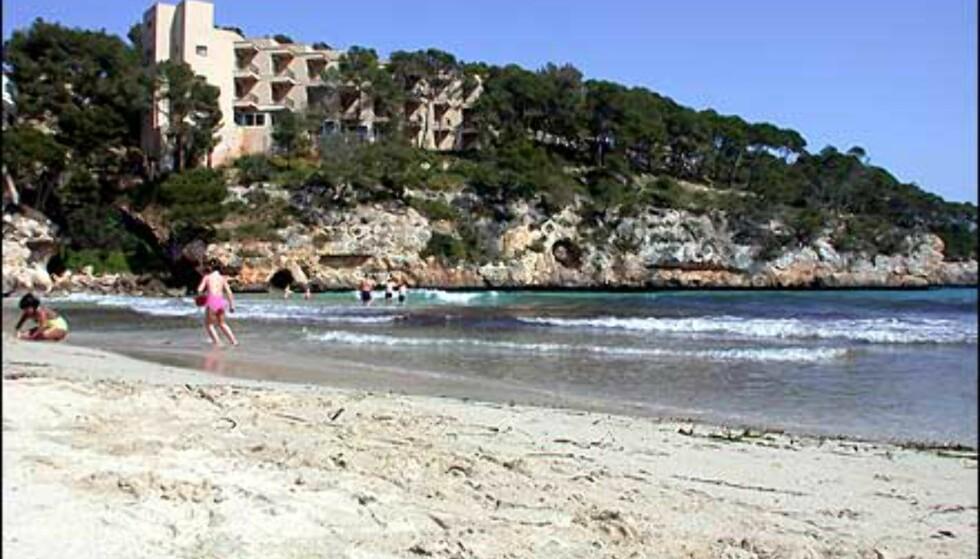 Cala Santanyí har et uvanlig kystterreng som lokker på kunstnere fra hele verden.