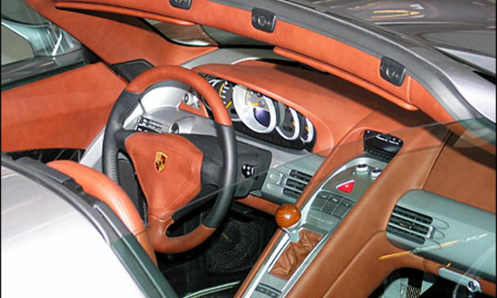 Porsche Carrera GT.
