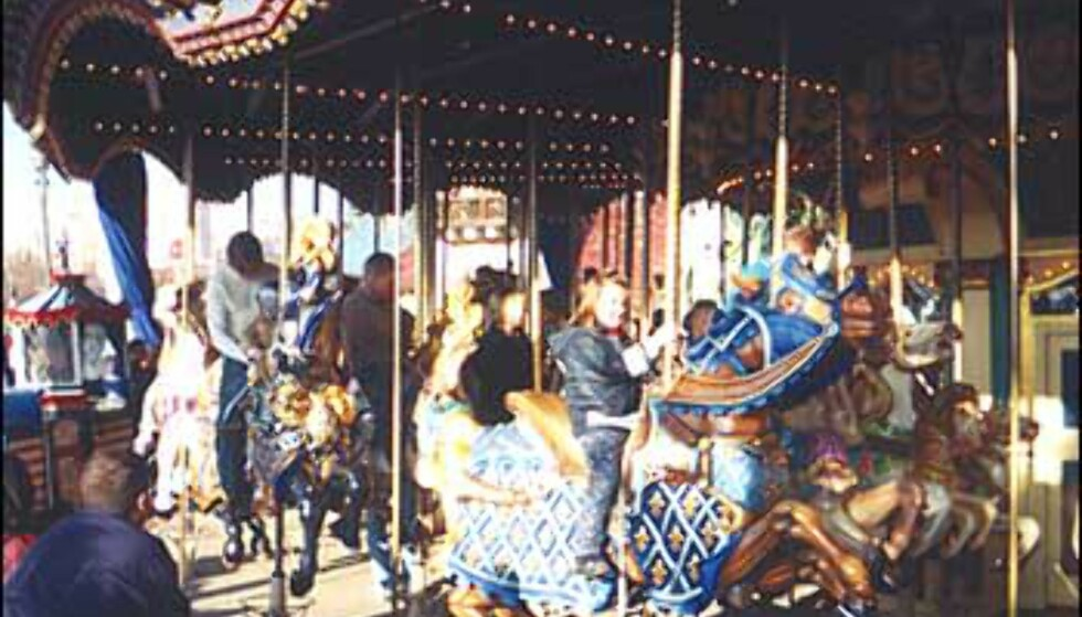 Ingenting som en god, gammeldags karusell. Foto: Stine Okkelmo