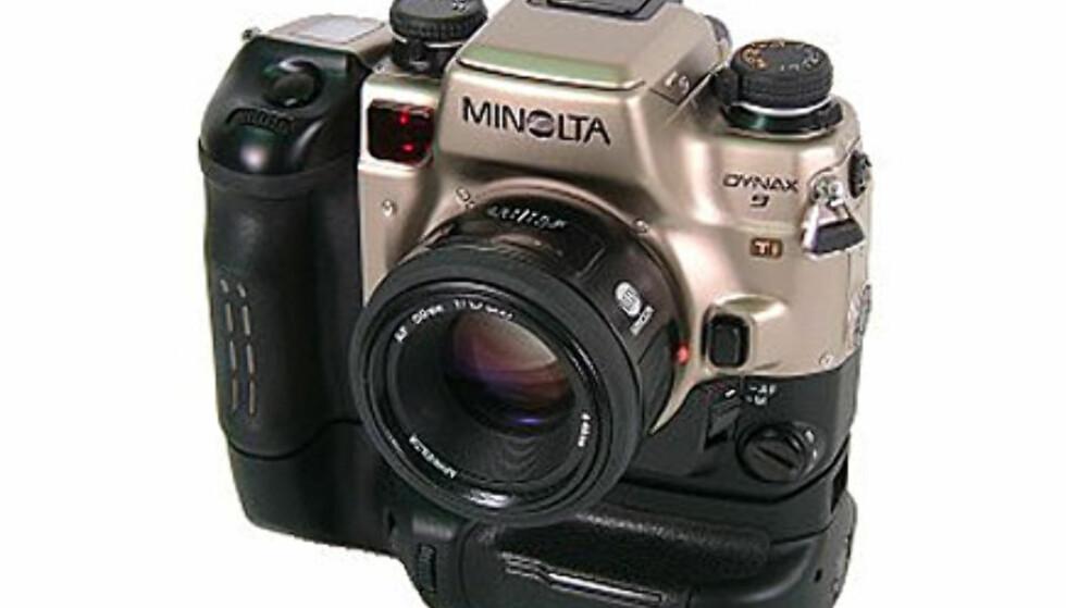 <center>Minolta Dynax 9.