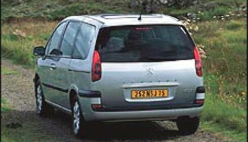 Peugeot 807 på plass
