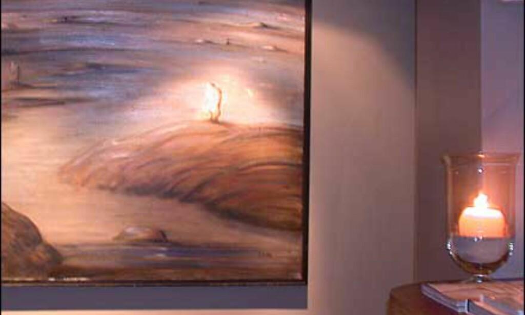 Kunst på veggen inne i Plata bar.