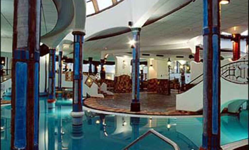 Innendørs basseng. Foto: Rogner Bad Blumau