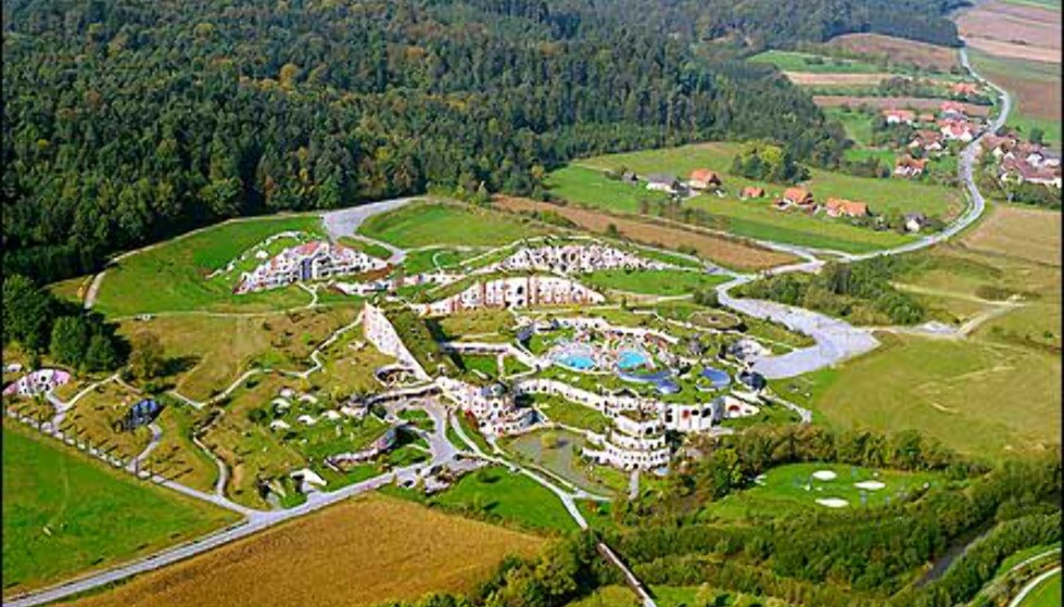 Hotellområdet sett fra luften. Foto: Rogner Bad Blumau