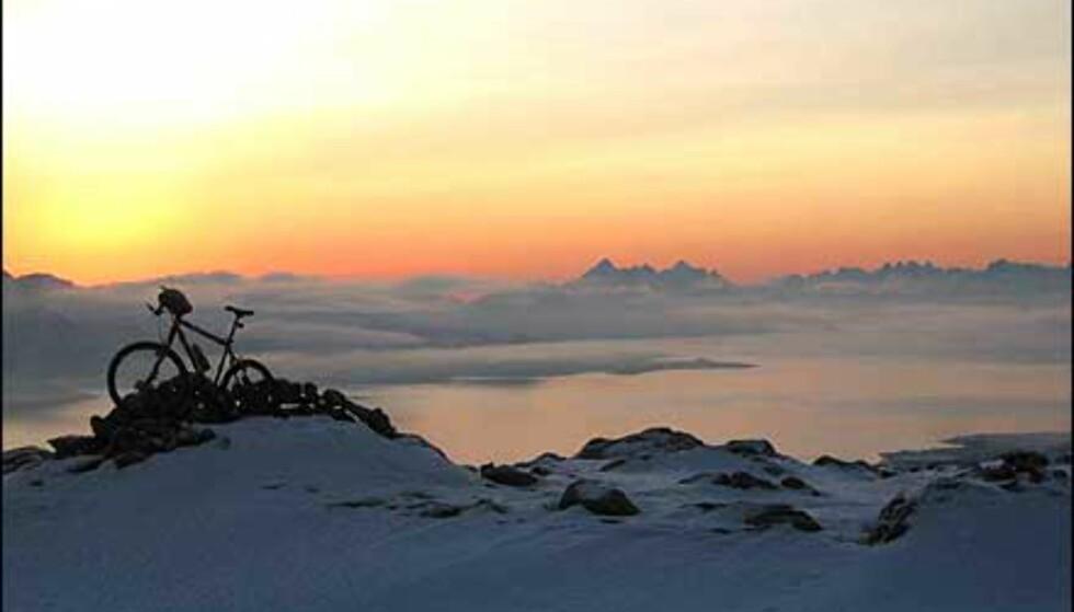 Frode Selbo sjarmerte mange med sitt utradisjonelle bilde fra vinterfjellet. Foto: Frode Selbo