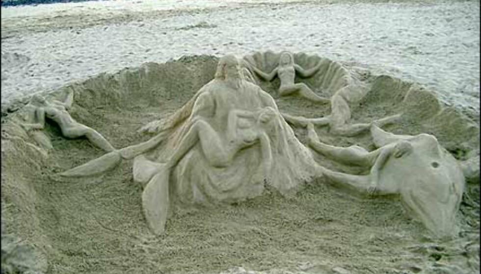Denne fantastiske sandskulpturen er fotografert av Jon Henriksen, stedet er Lanzarote. Foto: Jon Henriksen