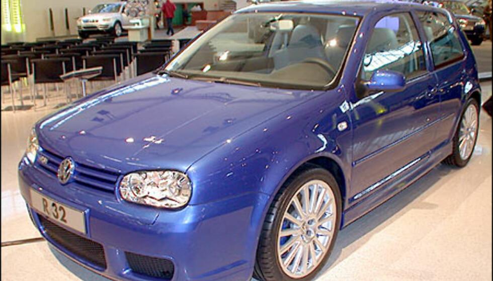 VW Golf R32.