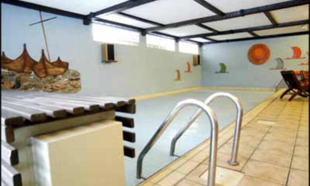Enebolig med svømmehall på Ulvøya til 11,5 millioner kroner (Eiendomsmegler 1).