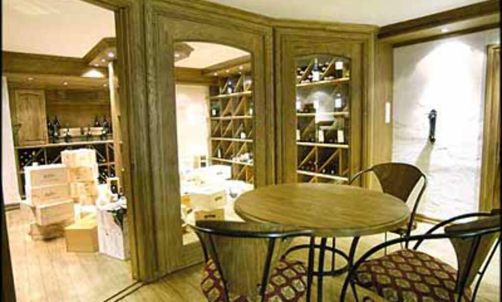 Vinkjelleren er inkludert i denne boligen på Holmenkollen til 20  millioner kroner (Eiendomsmegler 1).