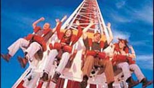 Ovenfra og ned: Utsikt fra Web-cam (se ned på siden), High Roller og Big Shot. Attraksjonsbildene er fra Stratosphere Towers nettsider. Foto: Stratosphere Tower