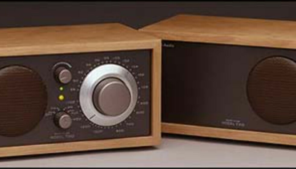 Model Two AM/FM  Pris = 1.995.-