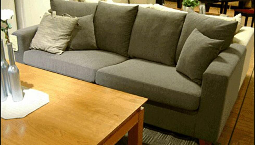 Genova heter denne sofaen. Prisen er 6.990 kroner hos Skeidar.