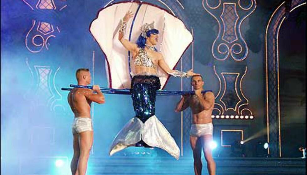 Fjorårets vinner blant menn i dameklær. Foto: http://www.laspalmascarnaval.com/