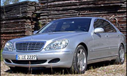 Mercedes-Benz S600.