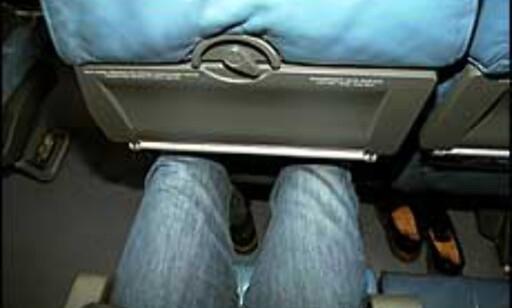 Alle som når en viss høyde over bakken har opplevd dette: Kne som skjærer inn i setet foran fordi det rett og slett ikke er mer plass. Ingen ønskesituasjon foran timer på fly.