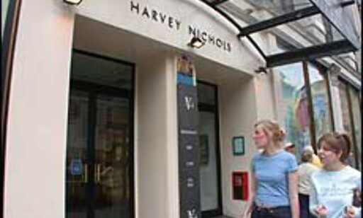 LONDON: På Harvey Nichols vanker stjernene.