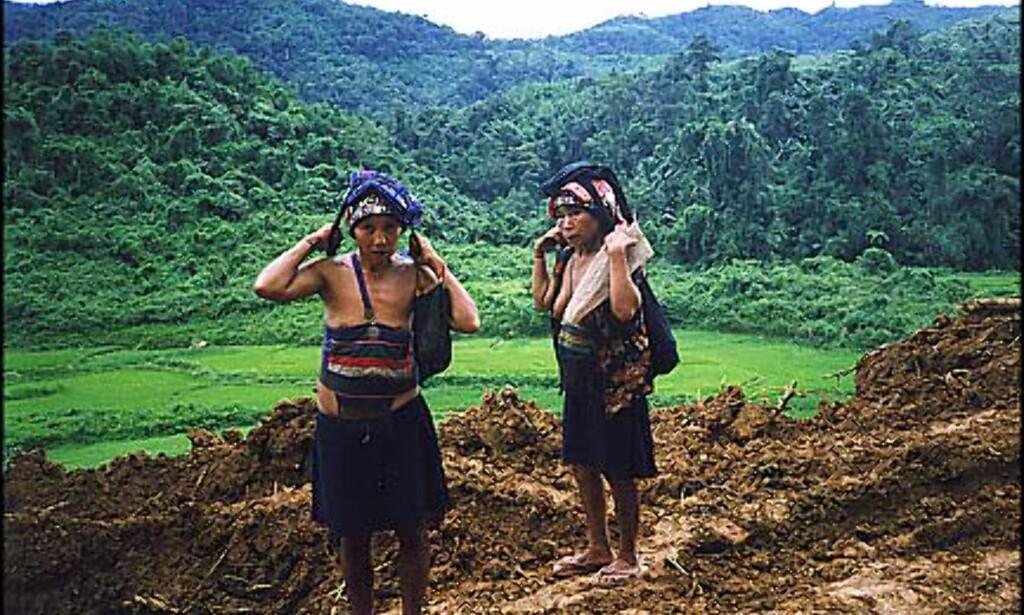 """""""Hill tribe people"""" langsmed veien Foto: Øyvind Paulsen"""