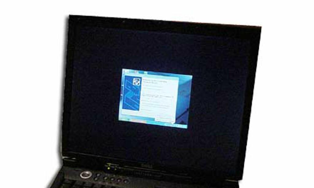 """Slik blir VGA-størrelse på en 15"""" skjerm med 1600x1200 piksler. Her måtte det driverinnstallasjon til, og dermed var operasjonen fullført. Hele operasjonen tok under 30 minutter."""