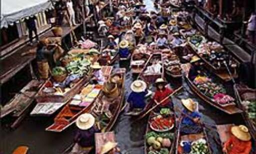 Thailands flytende marked er en særegen opplevelse. Foto: Tourismthailand.org