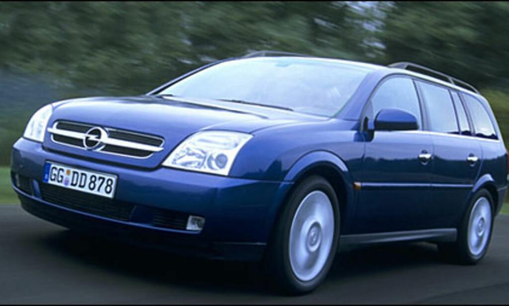Opel Vectra: Stasjonsvognutgaven kommer til våren.