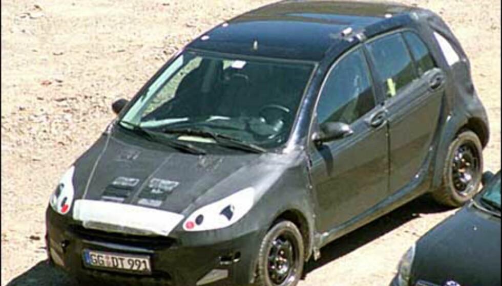 <strong>Smart:</strong> Femdørsutgave av den populære minibilen som ikke importeres til Norge.