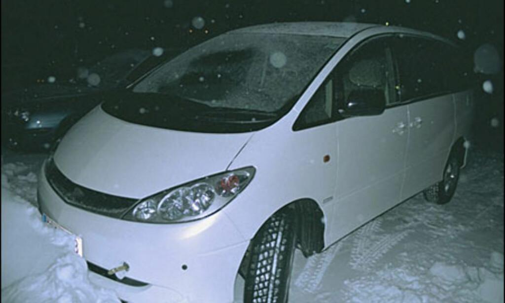 Toyota Previa: Ansiktsløftning.