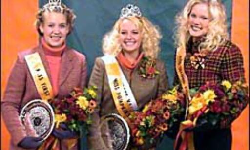 Fjorårets Miss Gresskar. Vinneren i midten.