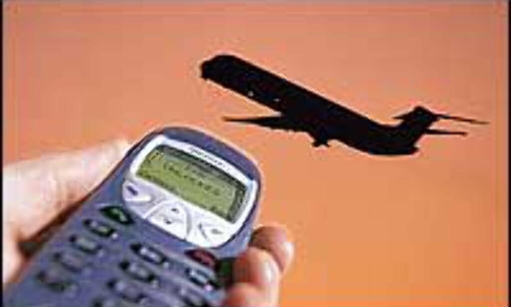 SMS har ikke vært mulig på fly, men nå tester flyselskapene nye løsninger.