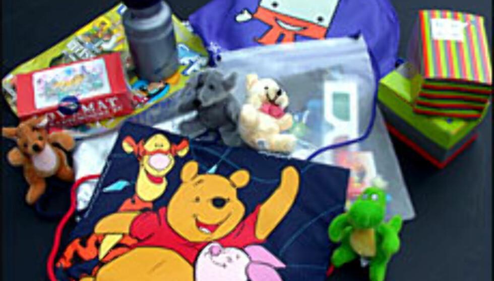 Vi tester flyselskapenes aktivitetspakker for barn.