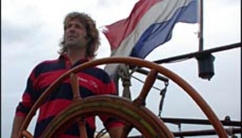 Båteier og skipper Erik Hulsman har selv pusset opp klipperen.