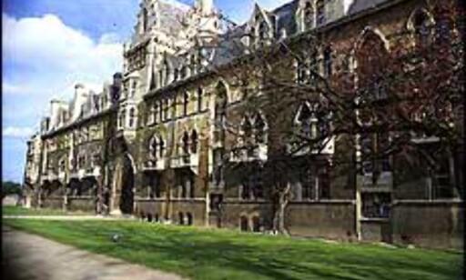Mange besøker Oxford, noen gjør det for å følge i sporene til inspektør Morse. Foto: Jorge Tutor