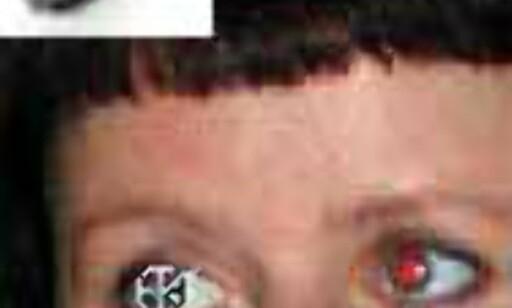 Korrigering av røde øyne gjøres ved hjelp av en egen pensel. Klikk på de røde områdene til rødfargen blir borte.