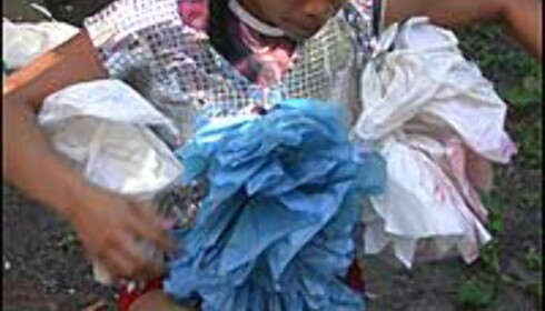 Orquidea Josuason kler på seg200