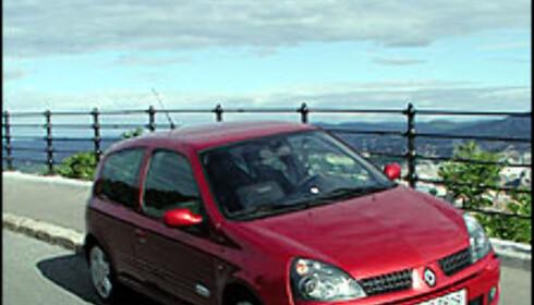 TEST: Renault Clio 2.0 16V Sport