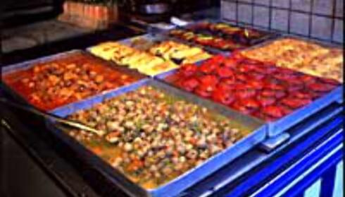 Spis tyrkisk mat i Tyrkia.<br /> <I>Foto: Dag Yngve Dahle</I>