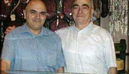 EL XAMPANYET: - Dette tapasstedet har sabor - smak, sier Juan Carlos og Esteban Ninou. Foto: Inga Ragnhild Holst